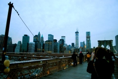 Liz snapping a pic of the view over the Brooklyn Bridge